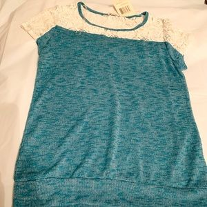Eye Shadow Nordic Blue / Lace Top Jr Large New